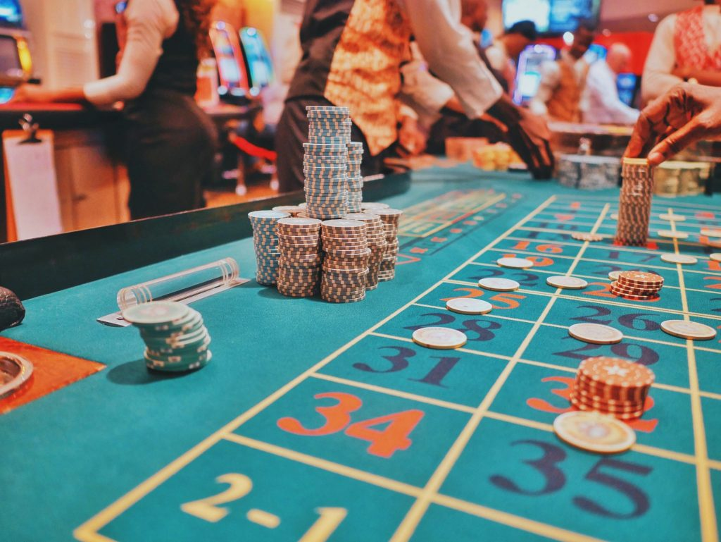 Points to keep in mind before enrolling in any online casino!!