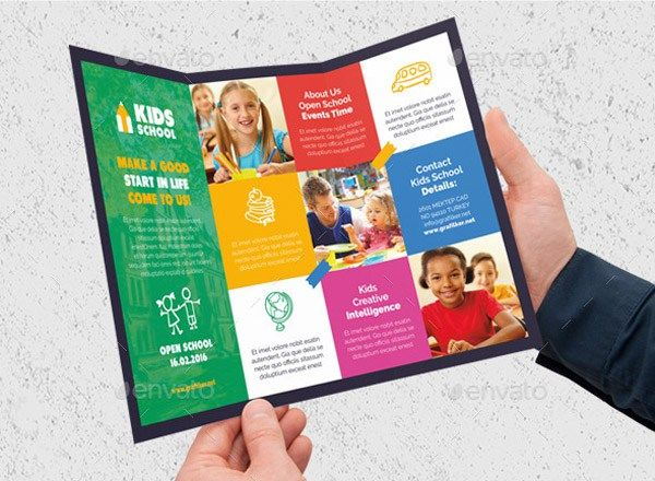 5 Steps to Make a School Brochure