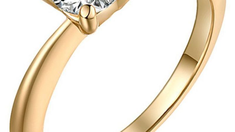 Make Your Partner happy with cz rings that look real